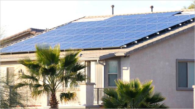 미국 애리조나(Arizona)주 주택에 설치된 한화큐셀 태양광 모듈