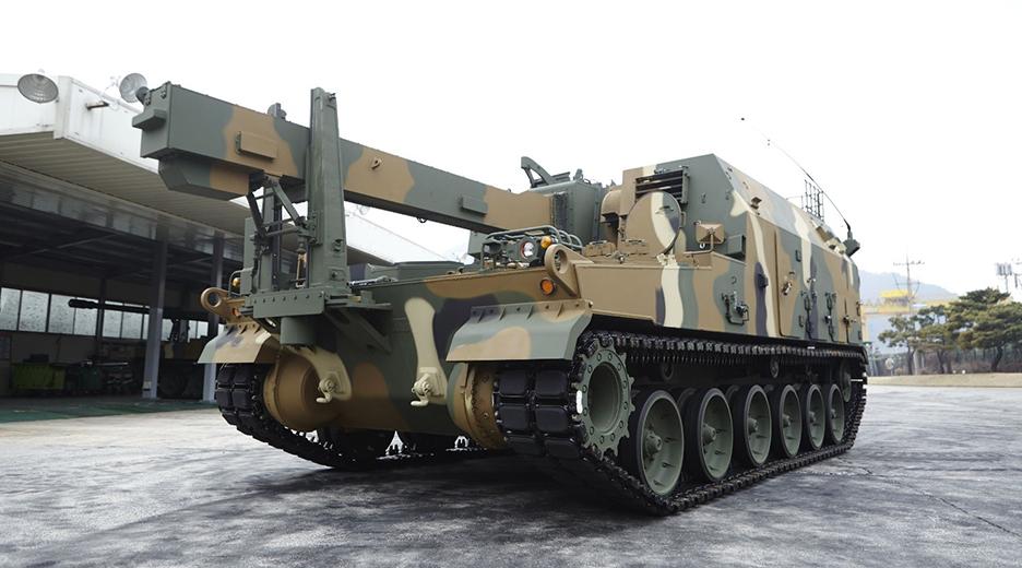 K10 탄약운반장갑차
