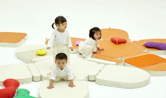 한화생명 – 보호 아동들을 위한 맘스케어 블라썸 매트 제작